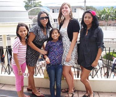 Allison with her Costa Rican host family.