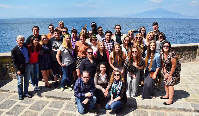 SantAnna Institute staff and study abroad students in Sorrento, Italy