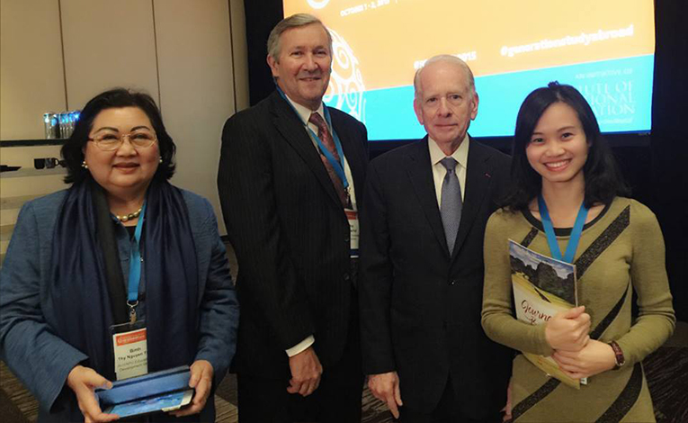 Student Exchange Vietnam Co-founder Linh Pham at the IIE Generation Study Abroad Conference in Washington D.C.