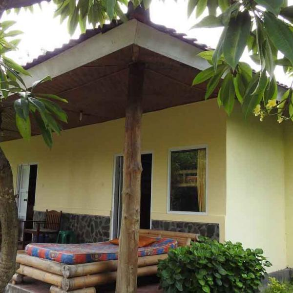 Volunteer Accommodation in Lovina, Bali