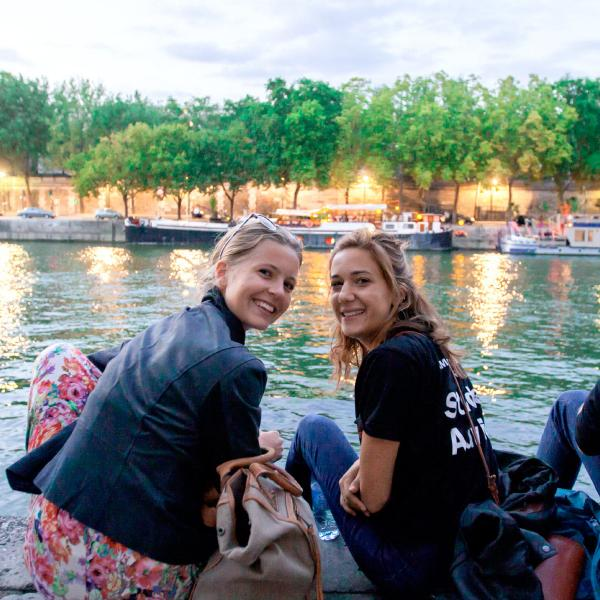 AUP students during orientation at the Seine River