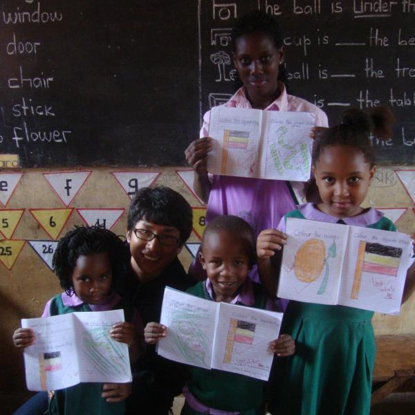 Teaching and Assisting in Schools in Uganda with Love Volunteers!