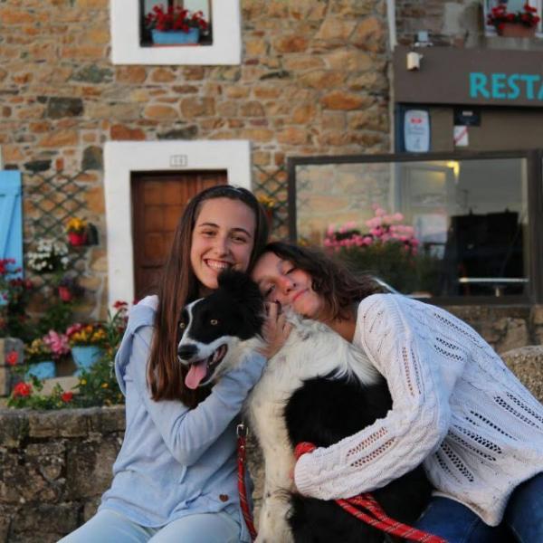 exchange sisters enjoying France