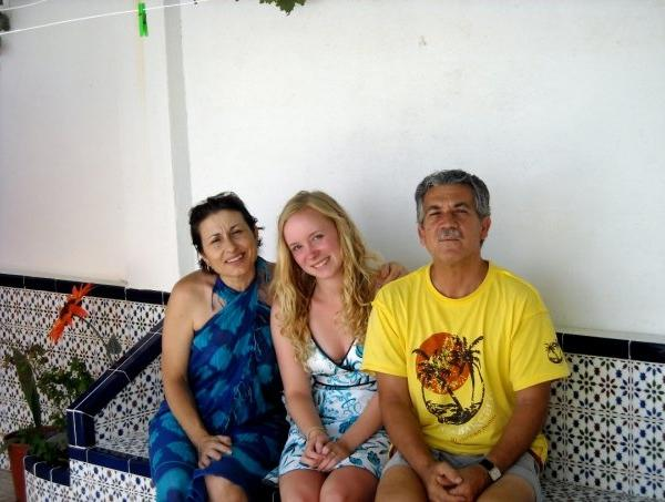 Student with host family in Spain