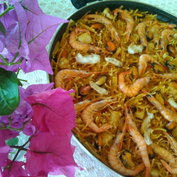 Spanish cooking workshop paella