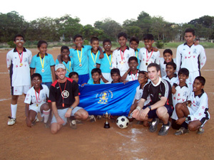 Coach Sports to Children in India | Travellersworldwide.com