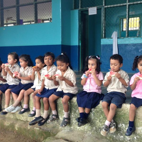 Working with Children in Honduras with Love Volunteers!