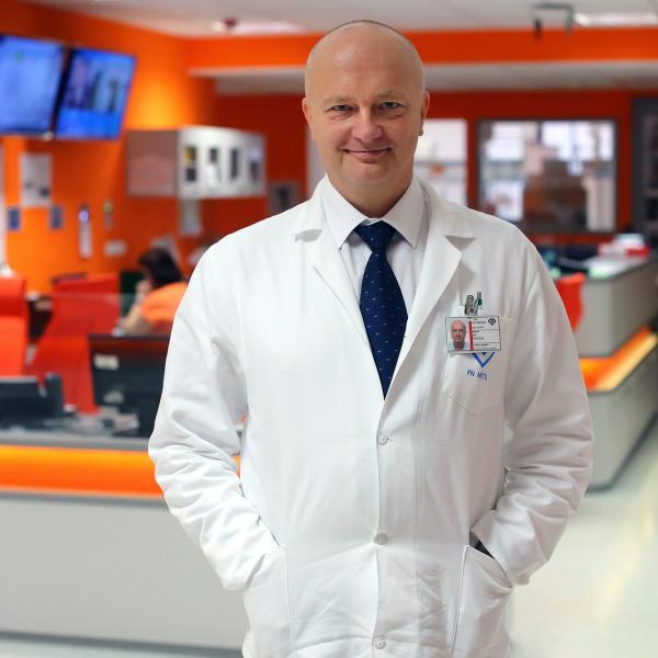 Shadow top doctors in ER