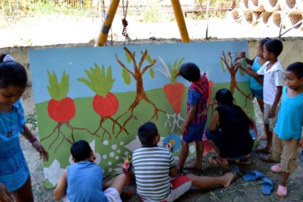 River clean up day mural in Panama at Kalu Yala