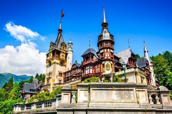 Explore Romania & enjoy an exciting volunteering experience!