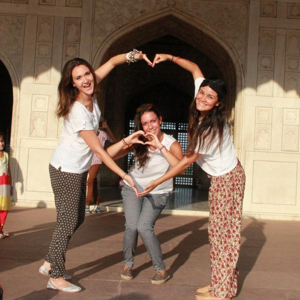 Summer Volunteer Program in India with Love Volunteers!