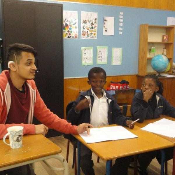 Teach Hard-of-Hearing Children in Cape Town | travellersworldwide.com
