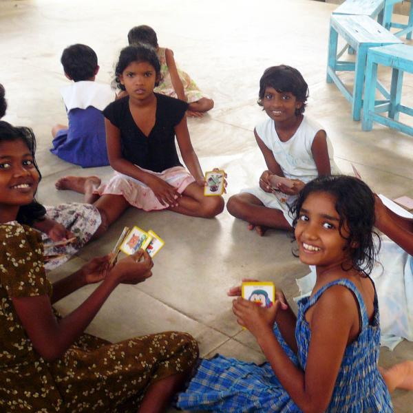 Volunteering with children in Sri Lanka