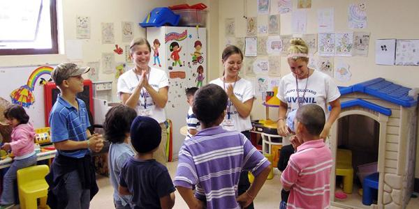 volunteer-classroom-experience-elementary-school-chilren-education-majors-costa-rica-latin-america