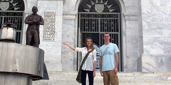 participants-visit-historic-monument-in-santiago-dominican-republic