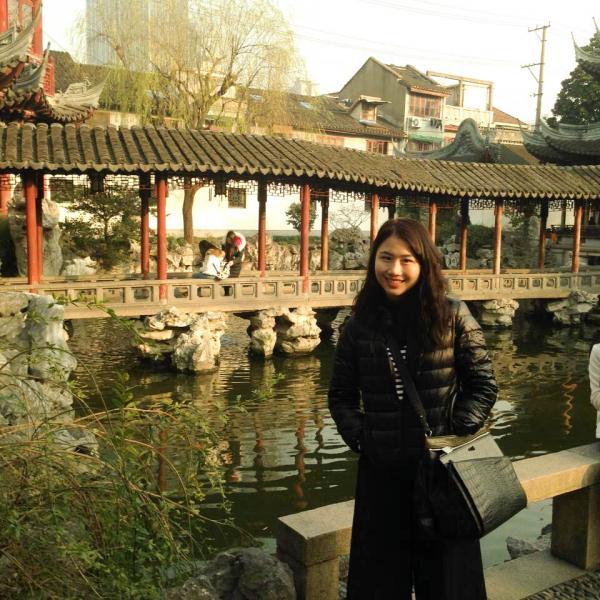 ISA intern visiting the Yu Garden