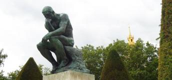 Rodin's Penseur contemplates what every student studying in Paris should know!