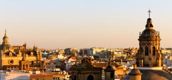 Sevilla, Spain: a scenic place to study abroad.