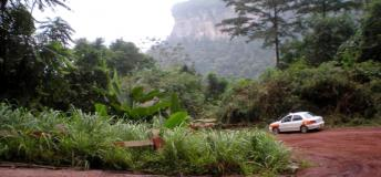 The route through the mountains to the town of Nkawnkaw in the eastern region of South Ghana.