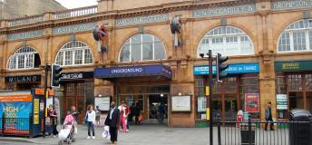 Earl's Court tube station, London Underground
