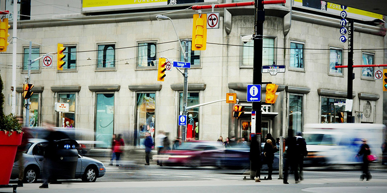 Yonge-Dundas Square, Toronto